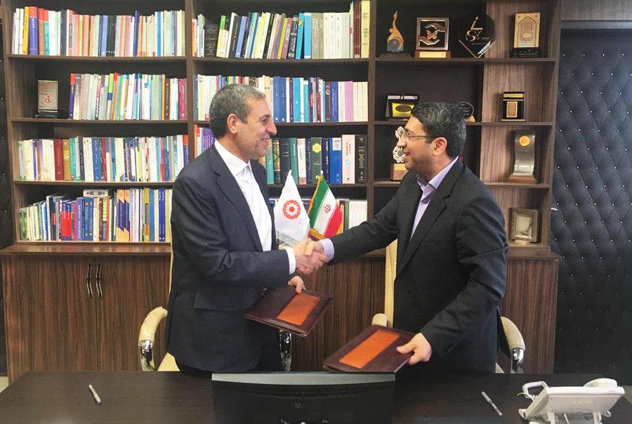 امضاء ۲ تفاهمنامه مشترک با استانداری بوشهر برای احداث ۳۰۰ واحد مسکونی مددجویی و مجتمع فرهنگی رفاهی تراز معلولین