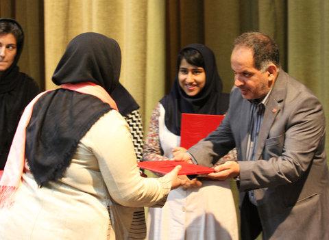 گزارش تصویری/ تجلیل معاون امور اجتماعی سازمان بهزیستی کشور از دختران موفق بهزیستی استان تهران