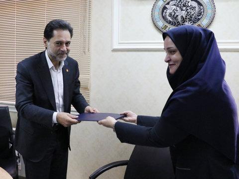 گیلان | تقدیر دکتر حسین نحوی نژاد از مسئول رفاه استان