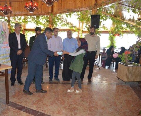 اصفهان| چادگان| جشن تجلیل از دانش آموزان ممتاز ادارات بهزیستی و کمیته امداد امام خمینی(ره)