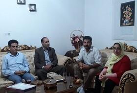 همدان |اسد آباد |تبریک رئیس بهزیستی شهرستان به توانخواه جان محمدی در  کسب رتبه ممتاز