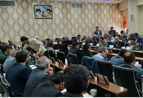 اصفهان| سمیرم| حضور مدیر کل بهزیستی استان اصفهان در جلسه شورای اداری شهرستان