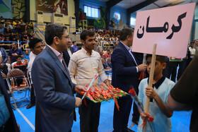 تجلیل دکتر شجیعی از مدالآور و قهرمان چهاردهمین جشنواره فرزندان مهر در استان کرمان