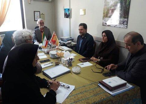 گیلان | نشست دکتر حسین نحوی نژاد با مدیر عامل موسسه خیریه امام حسن مجتبی (ع)