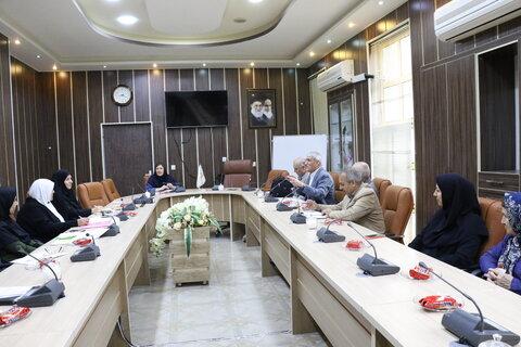 گیلان | نشست هم اندیشی در زمینه حوزه های عملکردی بنیادهای فرزانگان استان