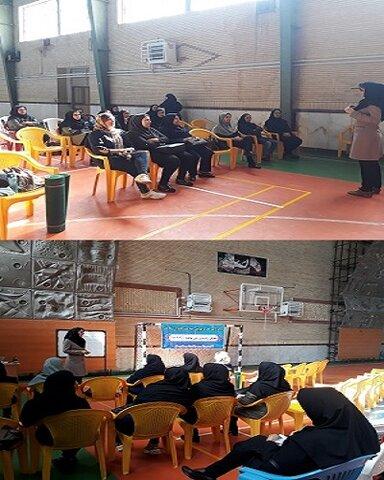 کردستان | سقز | برگزاری کارگاه آموزشی یوگا برای بانوان پرسنل ادارات سقز