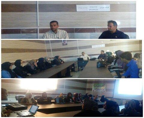 برگزاری کارگاه آموزشی پرورش مرغ محلی مددجویان دهگلان