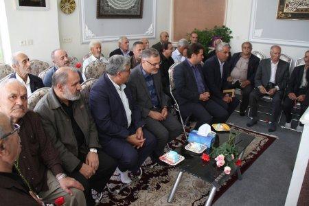 بازدید و دلجویی از سالمندان رایحه امید استان