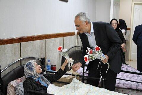 سالمندی بانشاط با مراکز نگهداری سالمندان فعال