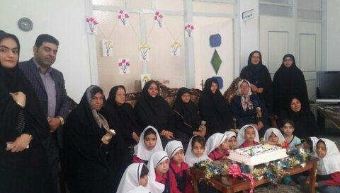 برگزاری مراسم جشن روز سالمند در مرکز روزانه پردیسان