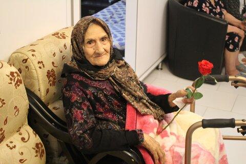 گزارش تصویری | تکریم مقام و منزلت سالمند در روز جهانی سالمندان