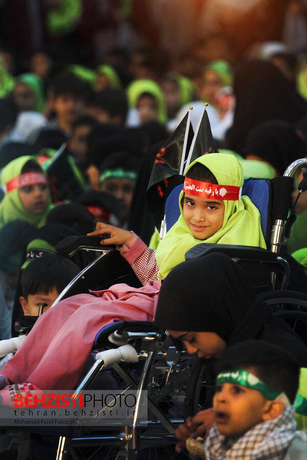 گزارش تصویری| اجتماع سه ساله های حسینی در حرم امام خمینی(ره)