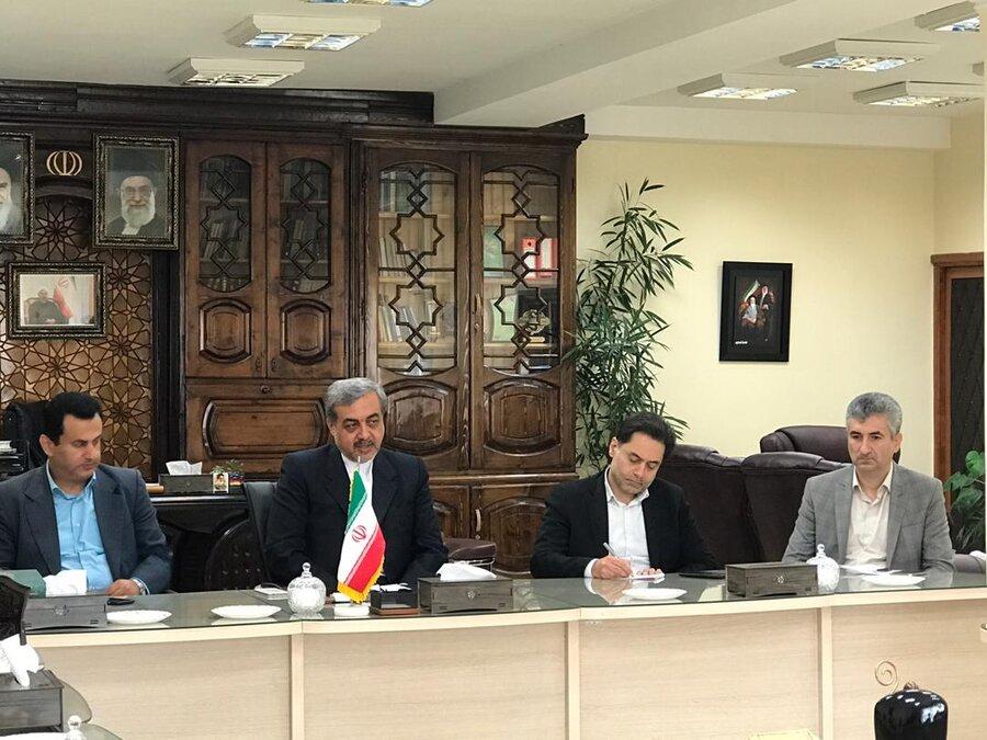 نشست مدیر کل بهزیستی گیلان با فرماندار لاهیجان جهت بررسی مسائل و مشکلات شهرستان