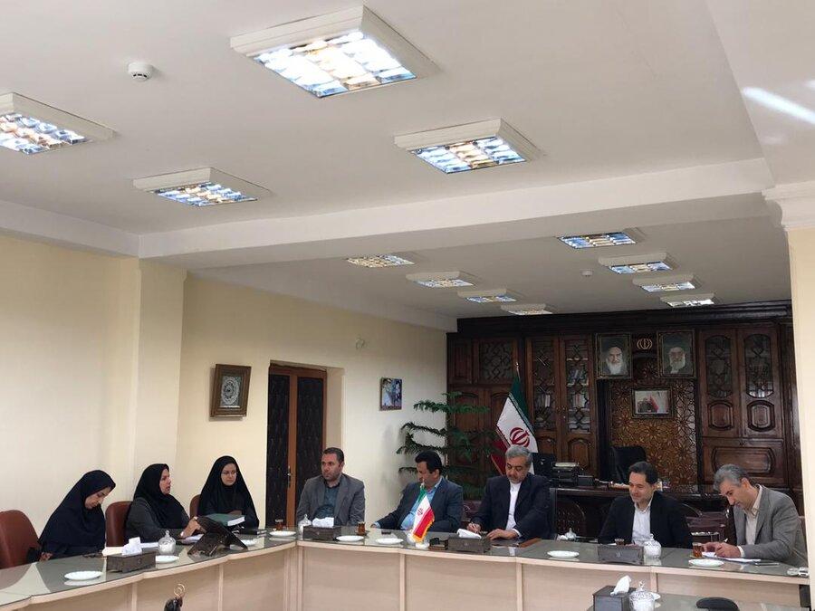 نشست مدیرکل بهزیستی با فرماندار لاهیجان جهت بررسی مسائل و شکلات