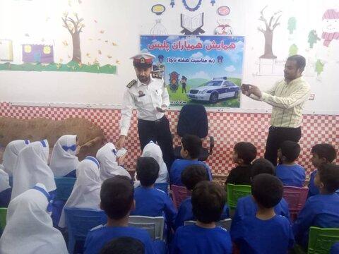 باوی|گزارش تصویری| به مناسبت هفته ناجا و هفته ملی کودک:  همایش همیاران پلیس در مهد کودک یاس های زندگی برگزار شد