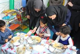 افتتاح سیزدهمین دوره ی طرح یک وعده غذای گرم در روستامهدهای استان البرز