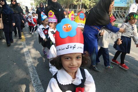 مهمترین برنامه روز جهانی کودک با حضور بیش از یکهزار و دویست کودک در گرگان برگزارشد
