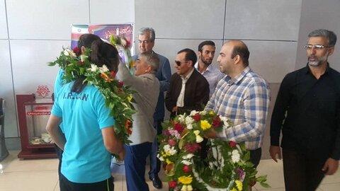 گزارش تصویری |استقبال معاون توانبخشی بهزیستی آذربایجان شرقی از تیم فوتسال افراد دارای معلولیت استان
