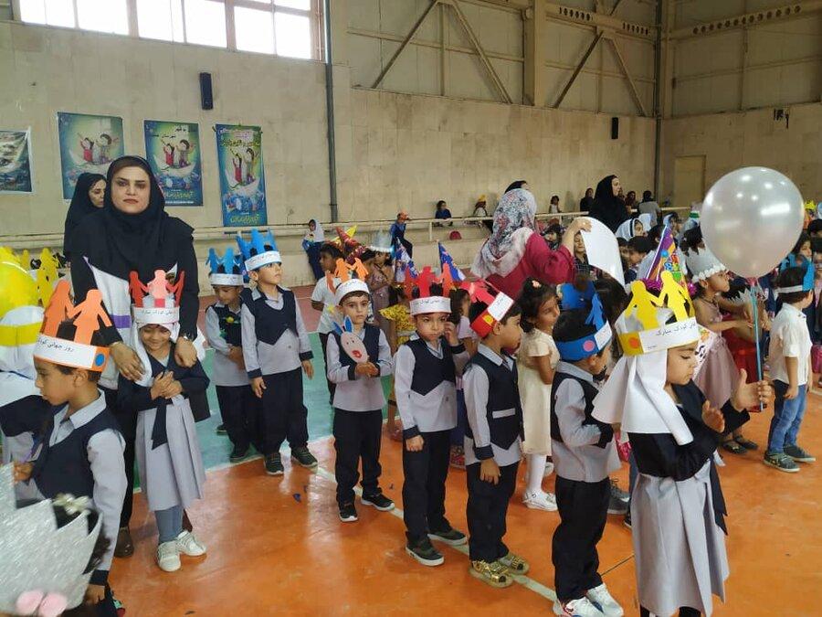 عسلویه |  ۴۰۰ کودک عسلویه ای میهمان  جشن روز جهانی کودک شدند