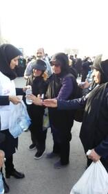 گزارش تصویری ا میزبانی کارکنان بهزیستی ایلام از عشاق حسینی