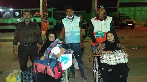 گزارش تصویری از خدمات کارکنان بهزیستی  به زائرین در مرز شلمچه و چزابه
