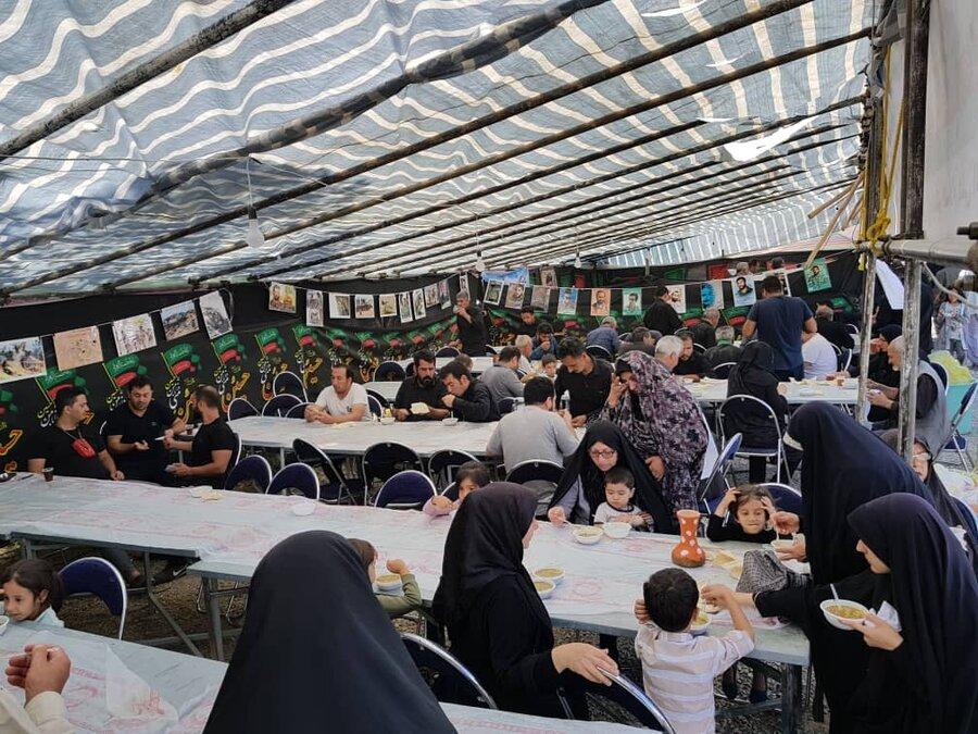 گزارش تصویری خدمات دهی موکب حضرت علی اصغر(ع) بهزیستی استان کرمانشاه به زوار اربعین حسینی