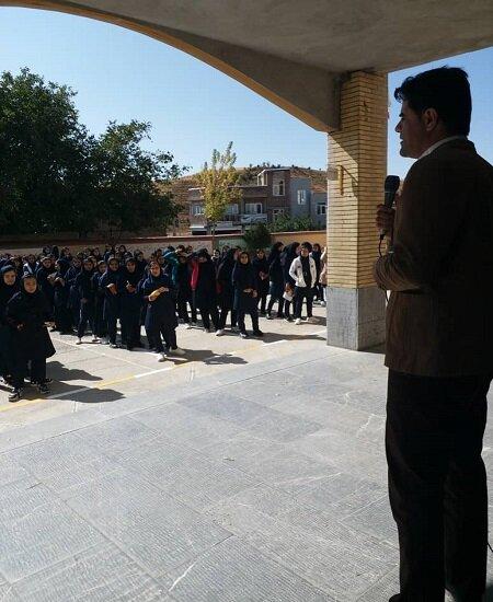برگزاری کارگاه های آموزشی بهداشت روان در دیواندره
