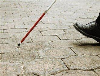 قانون عصای سفید؛ راهی روشن برای رعایت حقوق نابینایان