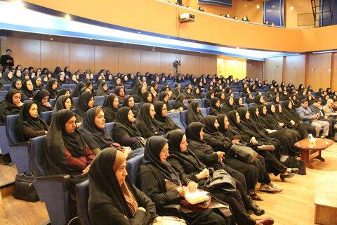 حضور بانوان شاغل در  بهزیستی استان در نشست هم اندیشی سبک زندگی اسلامی ایرانی