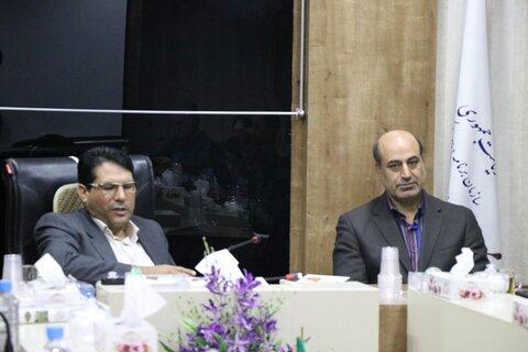 دیدار جمعی از نابینایان با مدیرکل مدیریت و برنامه ریزی استان به مناسبت روز جهانی عصای سفید