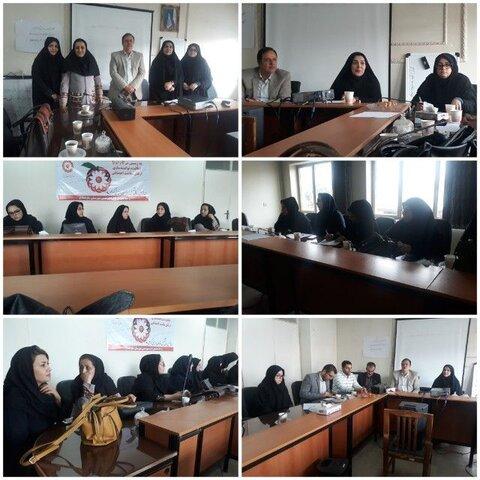 ساوجبلاغ | برگزاری جلسه انتخابات مجمع مشورتی بانوان ساوجبلاغی