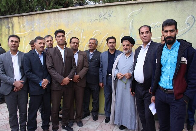 حضور مدیرکل و پرسنل اداره کل بهزیستی استان کهگیلویه و بویراحمد در راهپیمایی13 آبان