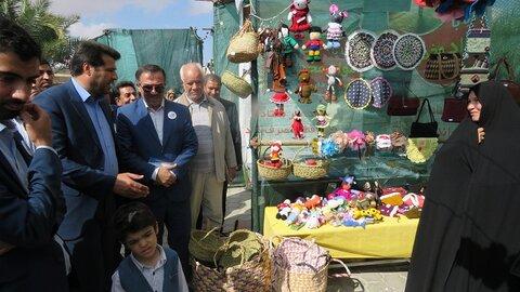 خوروبیابانک| برپایی نمایشگاه توانمند سازی مددجویان در دومین جشنواره نخل وآفتاب شهرستان