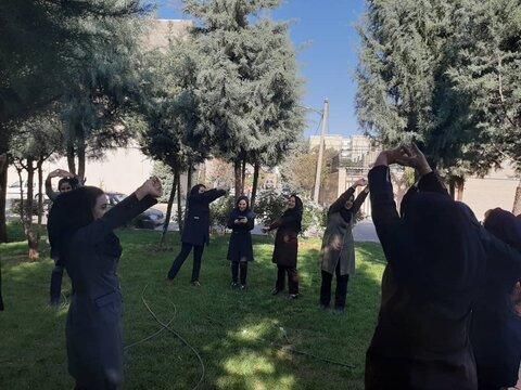 فردیس | برگزاری ورزش صبحگاهی بانوان شاغل در اداره بهزیستی شهرستان فردیس