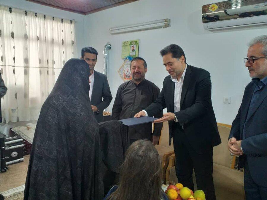دیدار با خانواده شهید عشوری