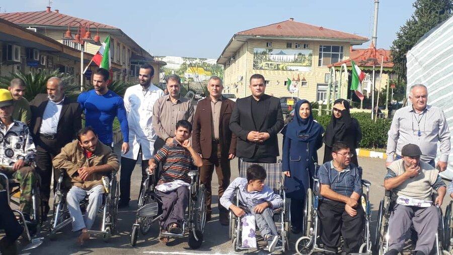 مراسم جشن تولد ۴۸ نفراز مددجویان آسایشگاه معلولین وسالمندان گیلان / رشت و رونمایی از ۳۰ دستگاه ویلچر اهدایی ازسوی نیکوکاران