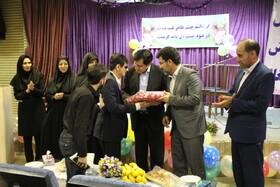 با حضور مدیرکل بهزیستی استان جشن عصای سفید برگزار شد