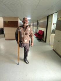 ۵۲ سال زندگی روی یک پا