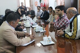 نشست سرپرست بهزیستی  با انجمن های معلولین استان بوشهر برگزار شد