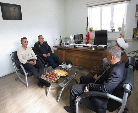 بازدید فرماندهی نیروی انتظامی بانه از اداره بهزیستی به مناسبت روز جهانی معلولین