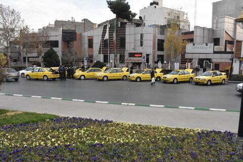 تاکسی ویژه افراد دارای معلولیت در مشهد رونمایی شد