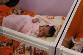 نوزاد رها شده تحویل شیر خوار گاه احسان بهزیستی شد