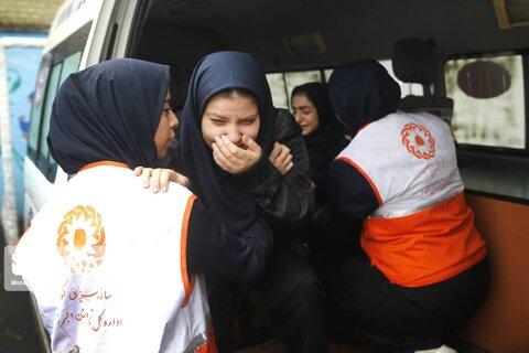 گزارش تصویری | اجرای بیست ویکمین مانور سراسری زلزله همزمان با سراسر کشور در مدارس البرز