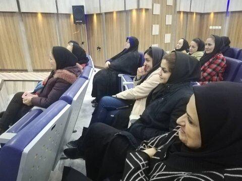 شهریار | کارگاه آموزشی نشست خانواده مطهر و خودشناسی برگزار شد