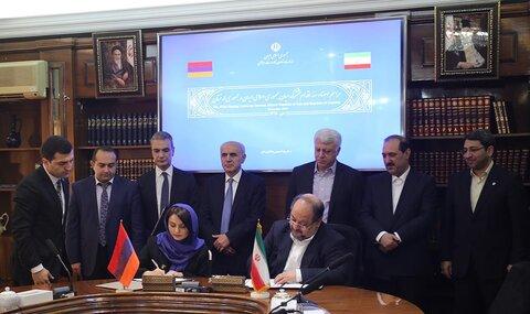 وزرای کار ایران و ارمنستان برنامه اقدام مشترک همکاری امضا کردند