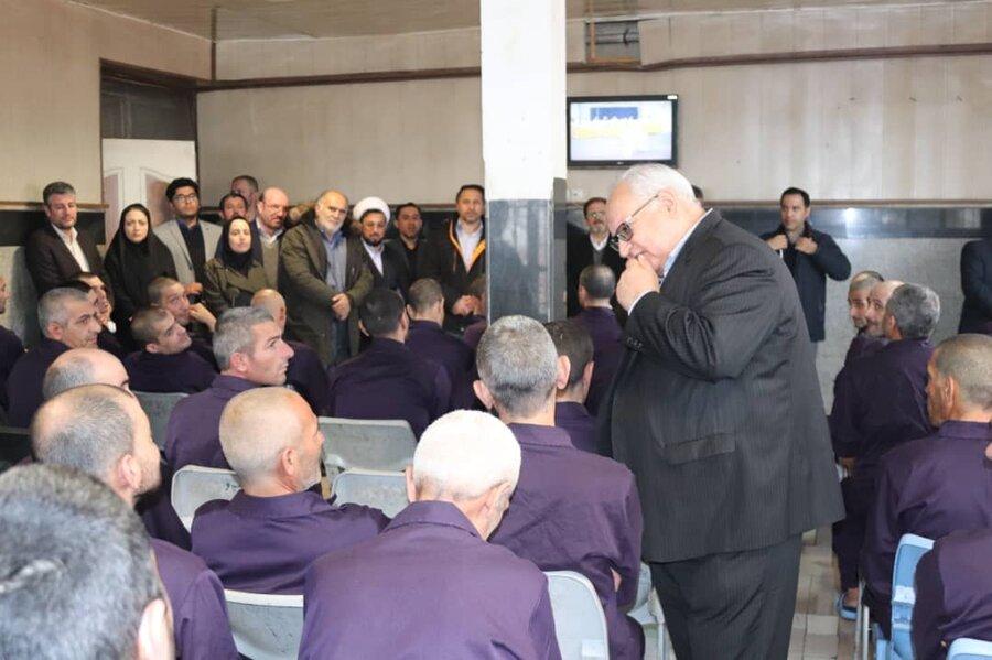 بازدید دکتر براتی سده مدیرکل دفتر پیشگیری و درمان اعتیاد سازمان بهزیستی کشور از کمپ ماده ۱۶ در استان آذربایجان غربی