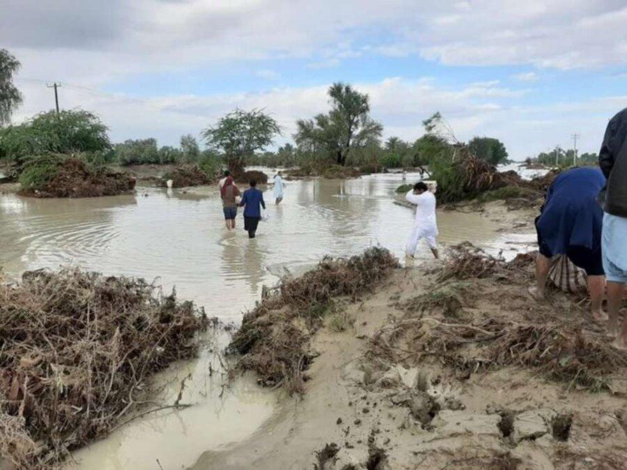 راه های کمک به مددجویان آسیب دیده از سیل بهزیستی سیستان و بلوچستان