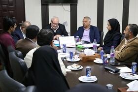 نشست صمیمی مدیرکل دفتر پیشگیری و درمان اعتیاد سازمان بهزیستی کشور در بندرعباس