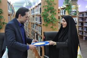 تفاهم نامه همکاری مشترک اداره کل کتابخانه ها و بهزیستی گیلان در کتابخانه عمومی خاتم الانبیا(ص) رشت به امضا رسید