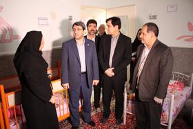 بازدید رئیس سازمان بهزیستی کشور از شیرخوارگاه امام علی (ع) البرز